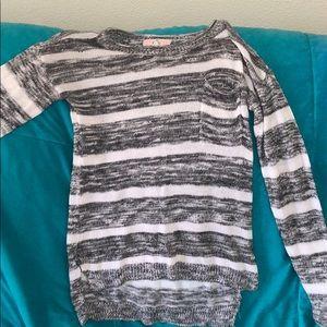 M sized sweater